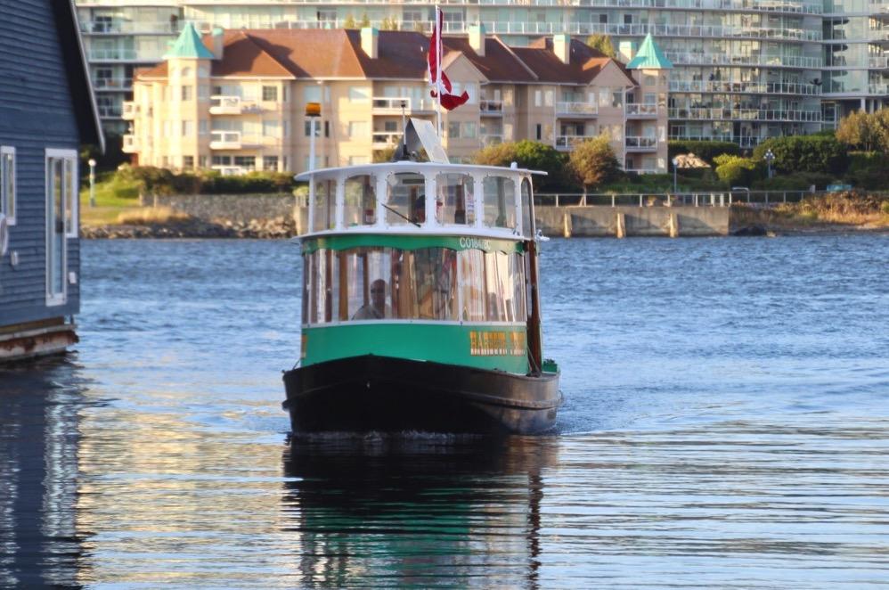 水上タクシーは一度は乗るべき!